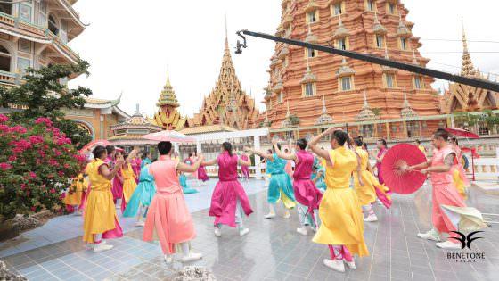 galantis-love-on-me-production-company-service-house-thailand-tv-movie-advertising-reel-los-angeles-usa-europe-film-movie-4